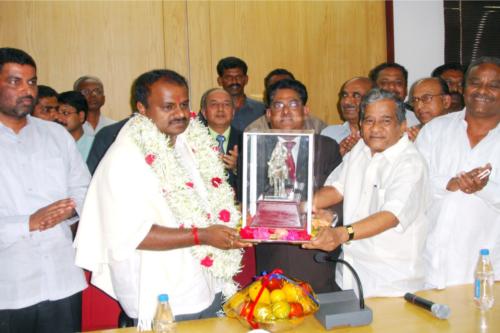 Sri. H.D.Kumarswamy, Hon CM of Karnataka-2006